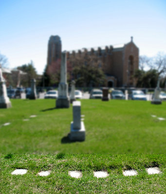 Museum leads informative tour of cemetery