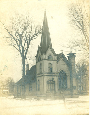 First Congregational Church of Wilmette in winter