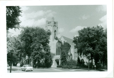 Trinity United Methodist Church with automobile in street