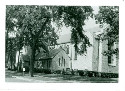 First Presbyterian Church of Wilmette exterior